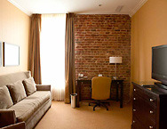 Craddock-terry-hotel-suites-a