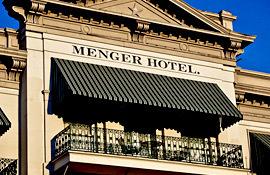 Menger Hotel entrance